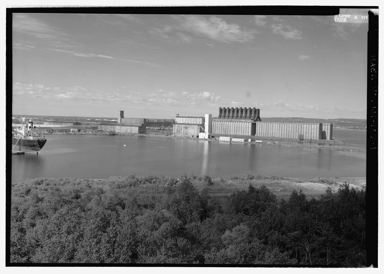 Peavey Globe Elevator, West Gate Basin & Howard's Bay, east side of slip, Superior, Douglas County, WI