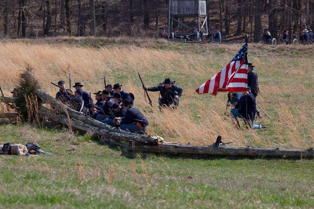 Reenactment of Civil War siege of April 1862, Bridgeport, Alabama