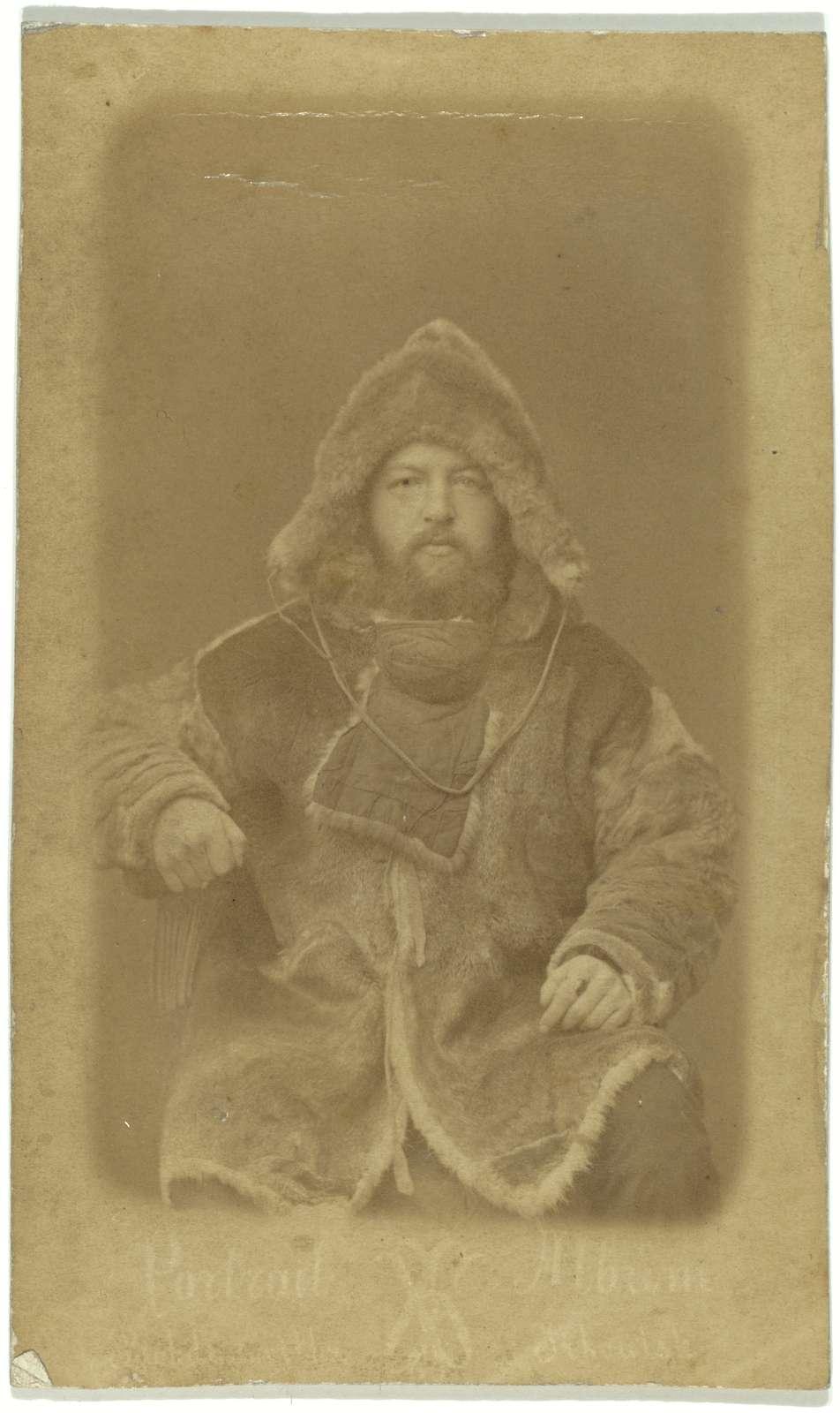 [Dr. Bunge, Siberian Arctic explorer, three-quarter length portrait, facing front]