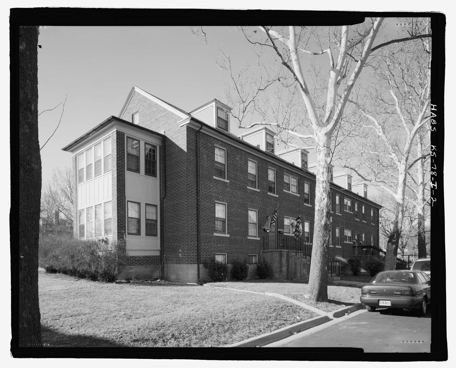 Fort Riley, Carpenter Court Apartments, Building No. 444, 444 Carpenter Place, Riley, Riley County, KS