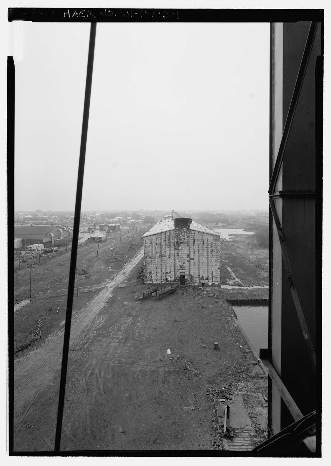 Peavey Globe Elevator, No. 2 House, West Gate Basin & Howard's Bay, east side of slip, Superior, Douglas County, WI
