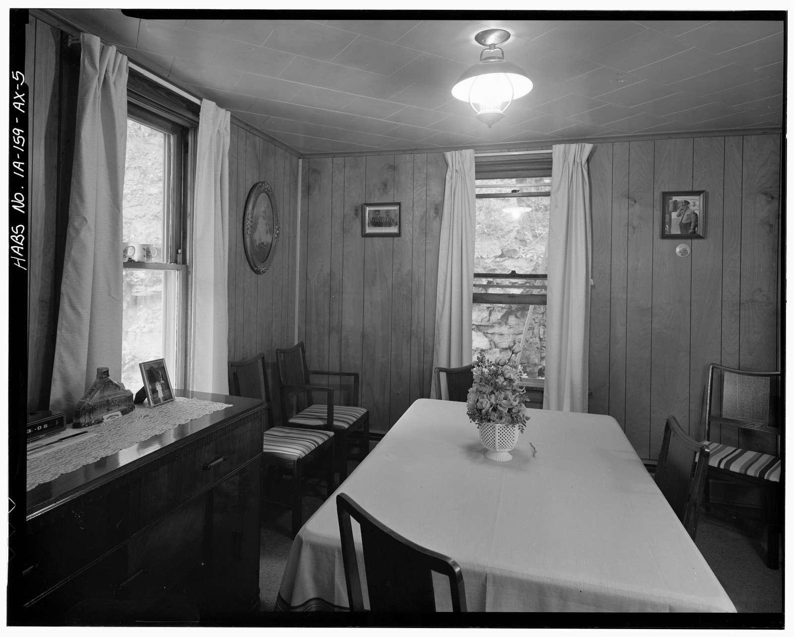 Workingmen's Houses, Adam P. Berg House, 770 Dodge Street, Dubuque, Dubuque County, IA
