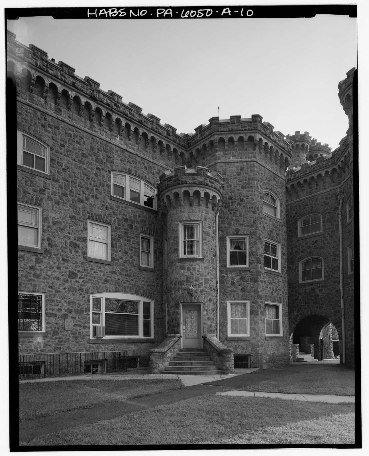 Lindenwold, Castle, 701 Bethlehem Pike & Lindenwold Terrace, Ambler, Montgomery County, PA