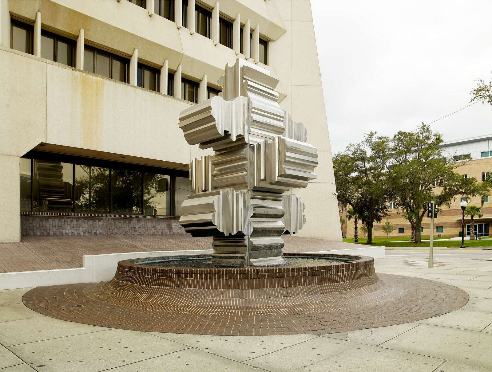 """Sculpture """"Artifact"""" located at exterior courtyard of the George C. Young Federal Building and Courthouse, Orlando, Florida"""
