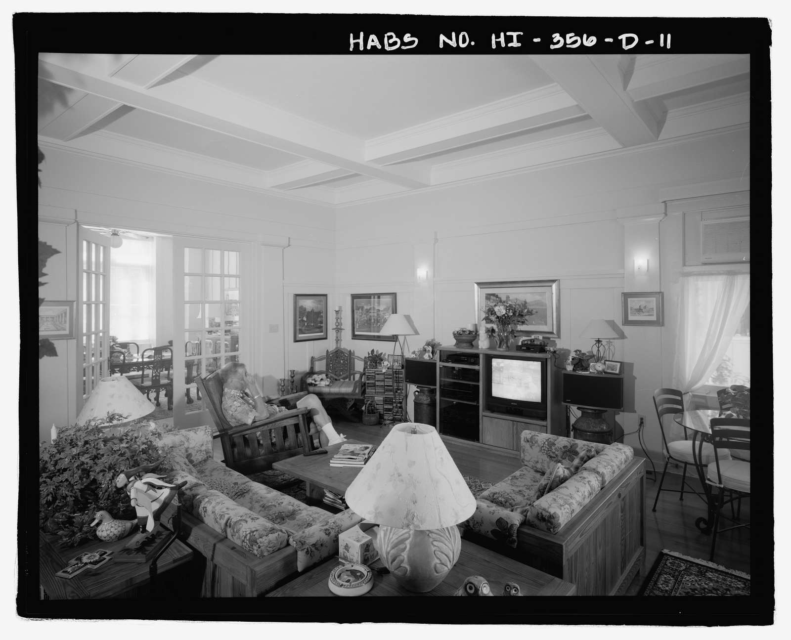 U.S. Naval Base, Pearl Harbor, Naval Housing Area Hospital Point, Commanding Officer's Quarters, 6-8 First Street, Pearl City, Honolulu County, HI
