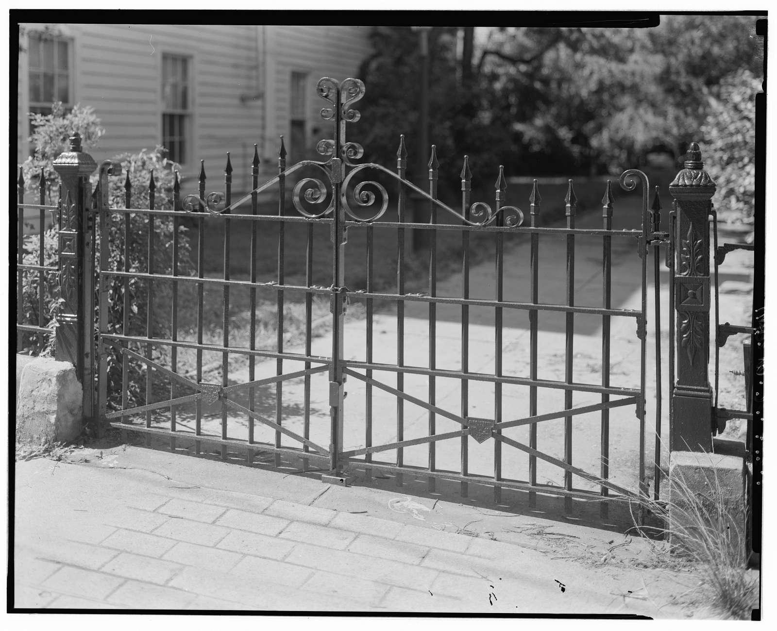 156 Wentworth Street (House), Charleston, Charleston County, SC