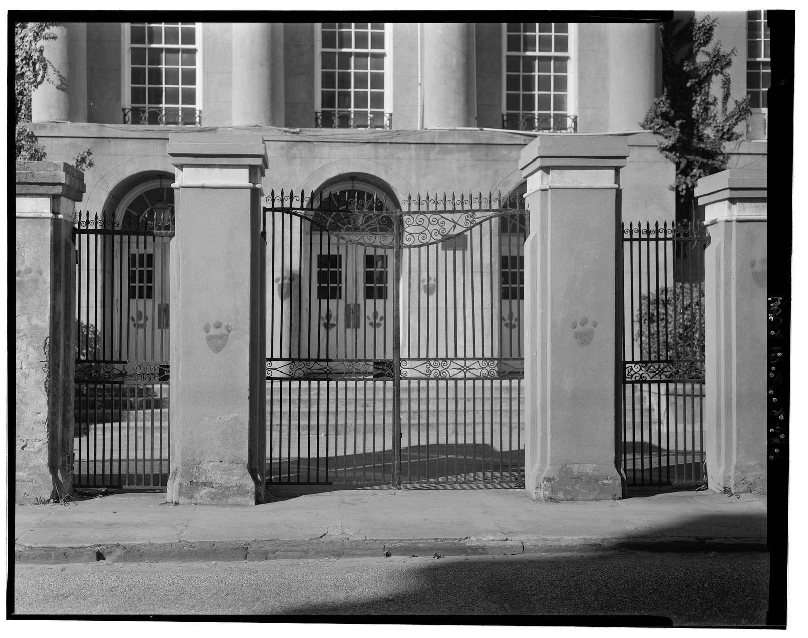 26 George Street (Gate), Charleston, Charleston County, SC