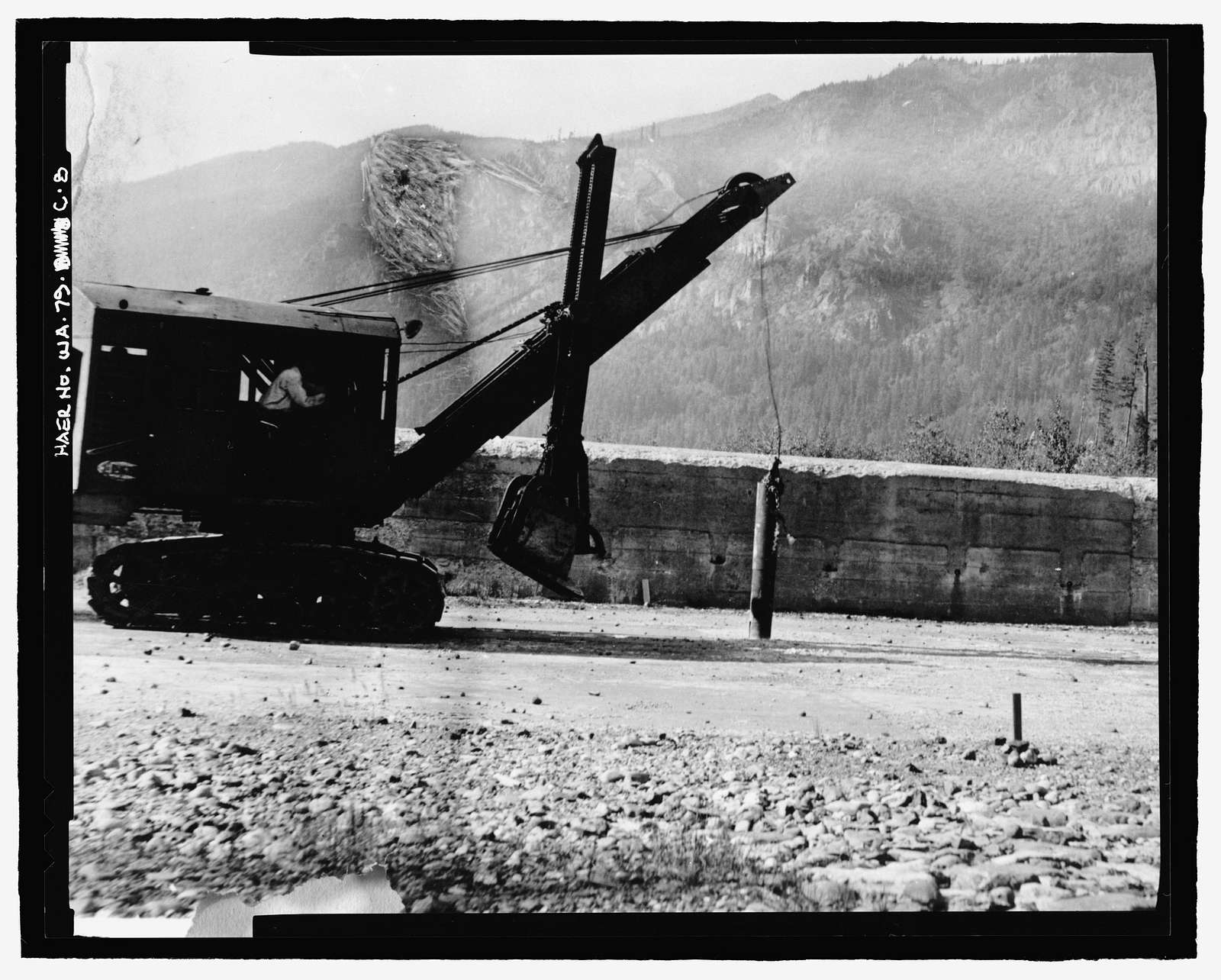 Kachess Dam, Dike Closing 1913 Spillway, Kachess River, 1.5 miles north of Interstate 90, Easton, Kittitas County, WA
