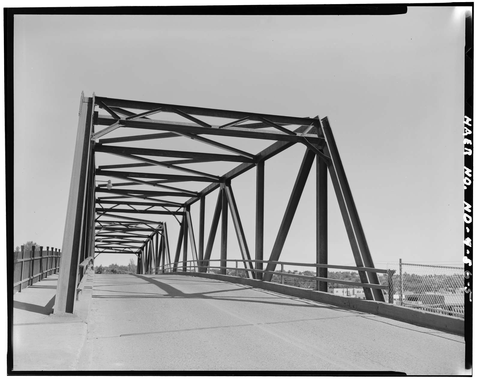 Northern Pacific Railroad Overhead Bridge, Spanning Burlington Northern Railroad, Mandan, Morton County, ND