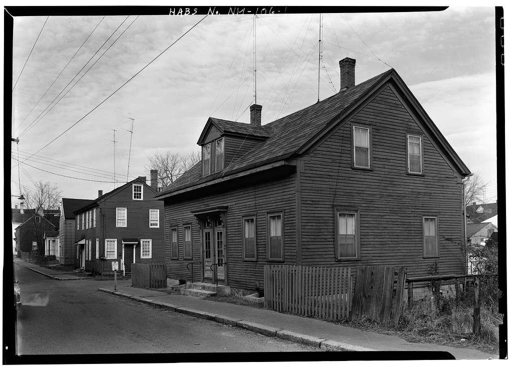 Sunday School House, 111-113 Washington Street, Portsmouth, Rockingham County, NH