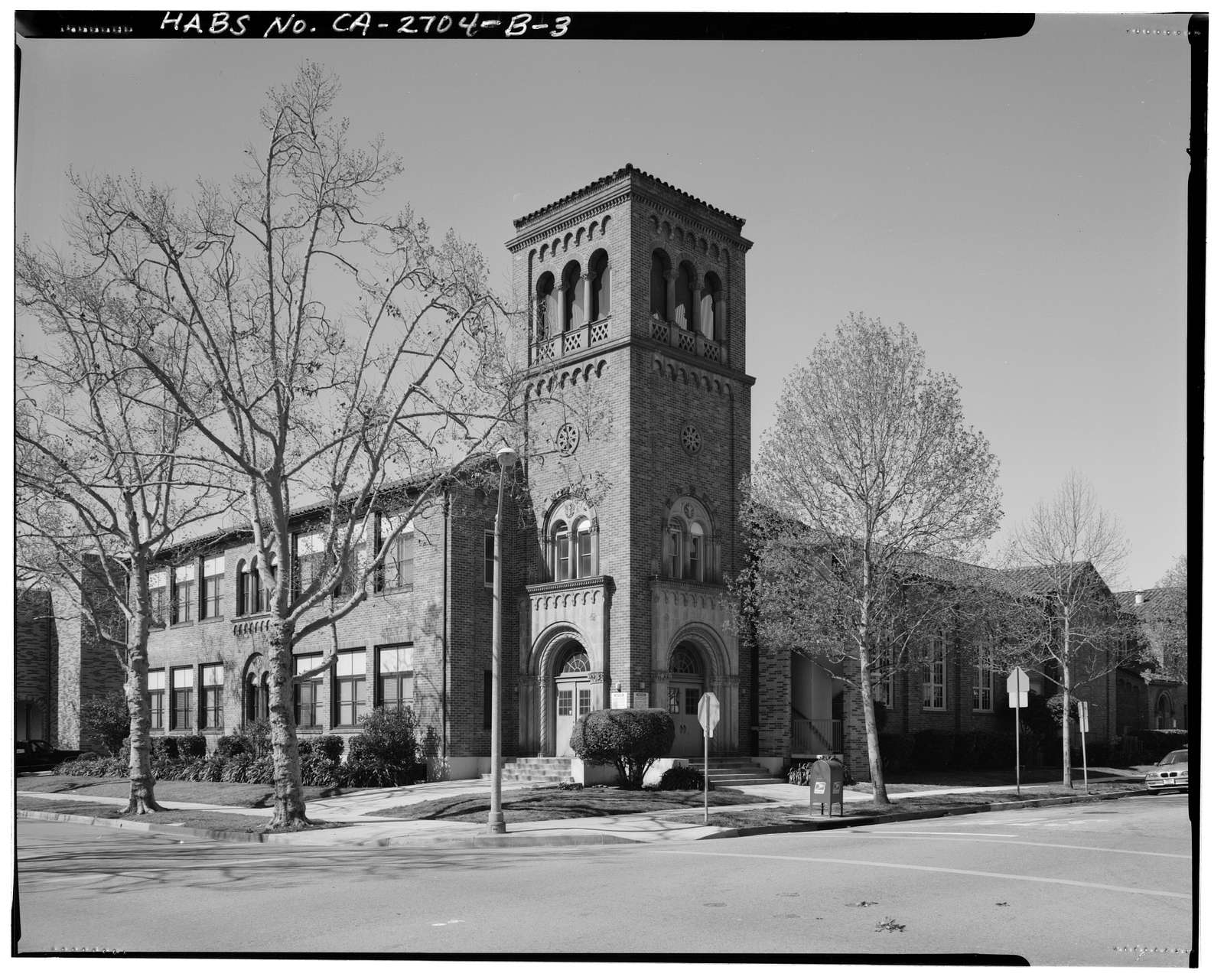Beverly Vista School, Manual Arts & Classroom Building, 200 South Elm Drive, Beverly Hills, Los Angeles County, CA