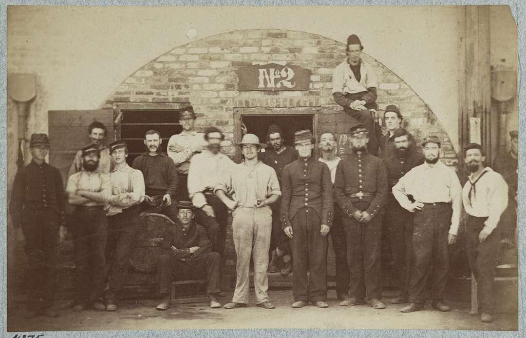 Castle Pinkney [i.e. Pinckney], Charleston, S.C., August 1861, Federal prisoners captured at battle of Bull Run. Casemate no. 2