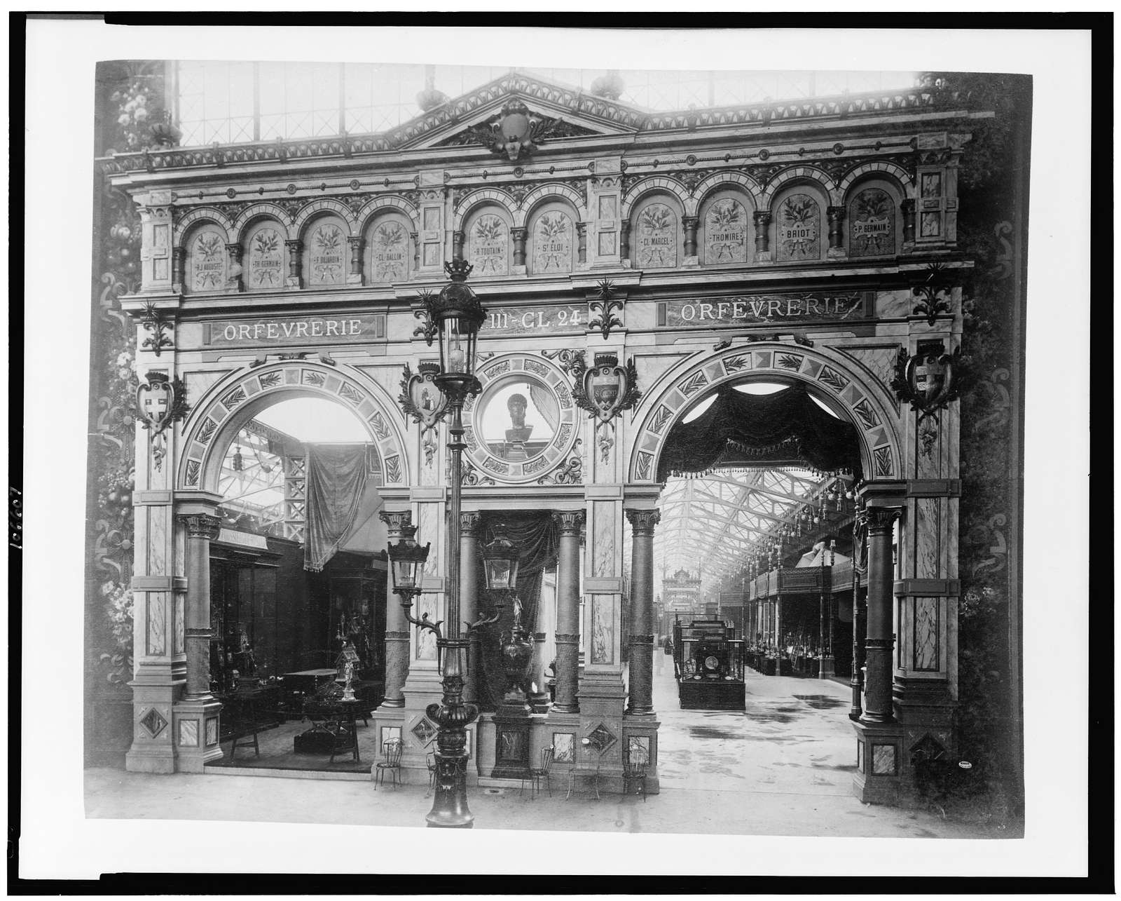 [Entrance to the jewellers' exhibit, Palace of Diverse Industries, Paris Exposition, 1889]