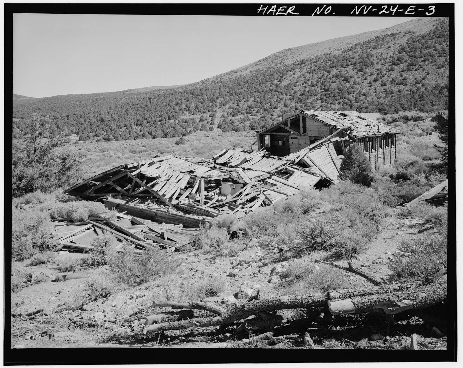 Juniata Mill Complex, Mine Camp Building, 22.5 miles Southwest of Hawthorne, between Aurora Crater & Aurora Peak, Hawthorne, Mineral County, NV
