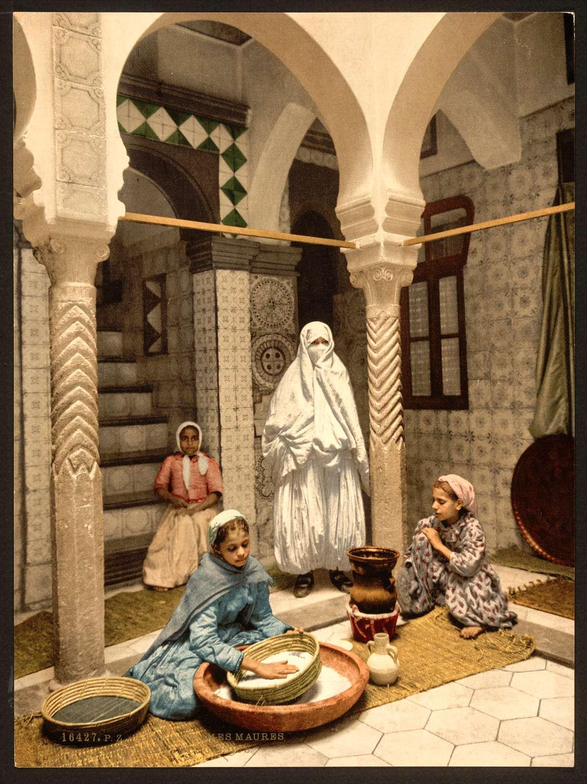 [Luce Ben Aben, Moorish women preparing couscous, Algiers, Algeria]