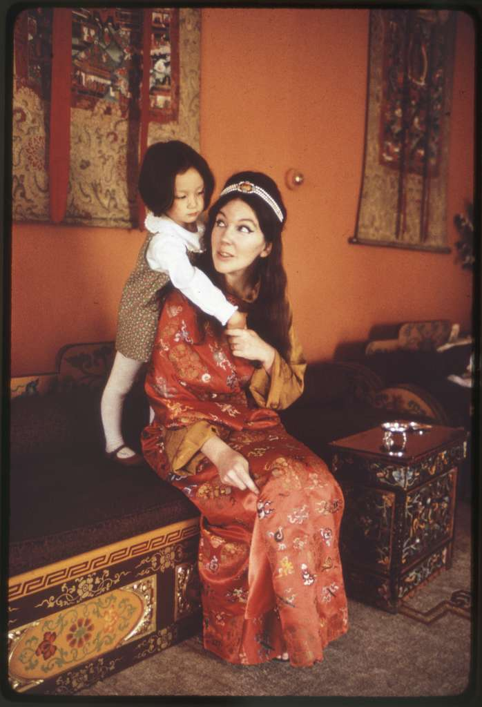 Princess Hope & Queen Hope in the palace, Sikkim