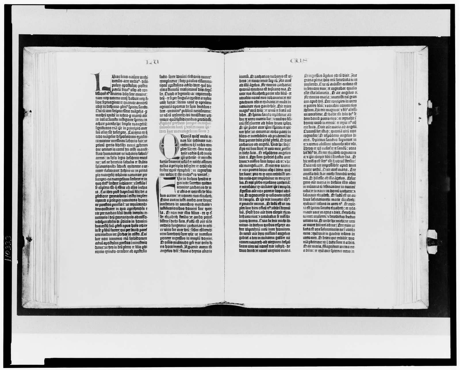 [Gutenberg Bible opened to the beginning of the Gospel of Luke]