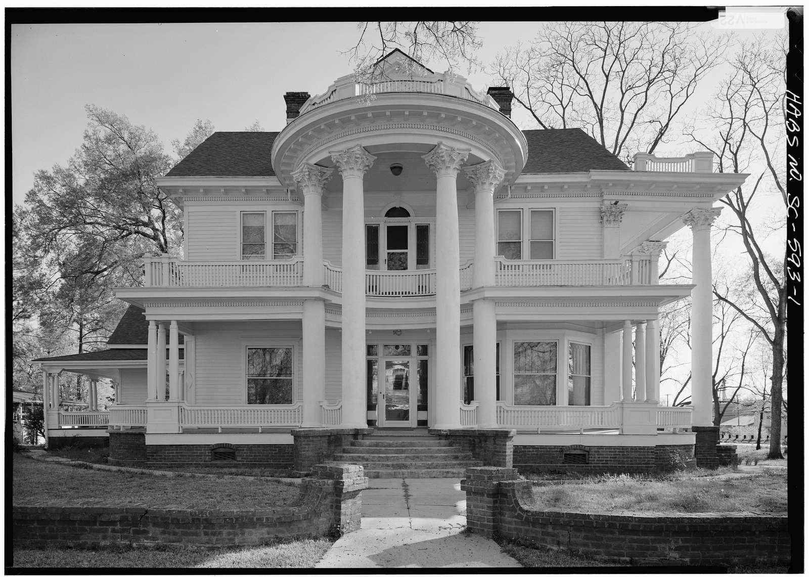 Joseph Banks House, 104 Dantzler Street, Saint Matthews, Calhoun County, SC