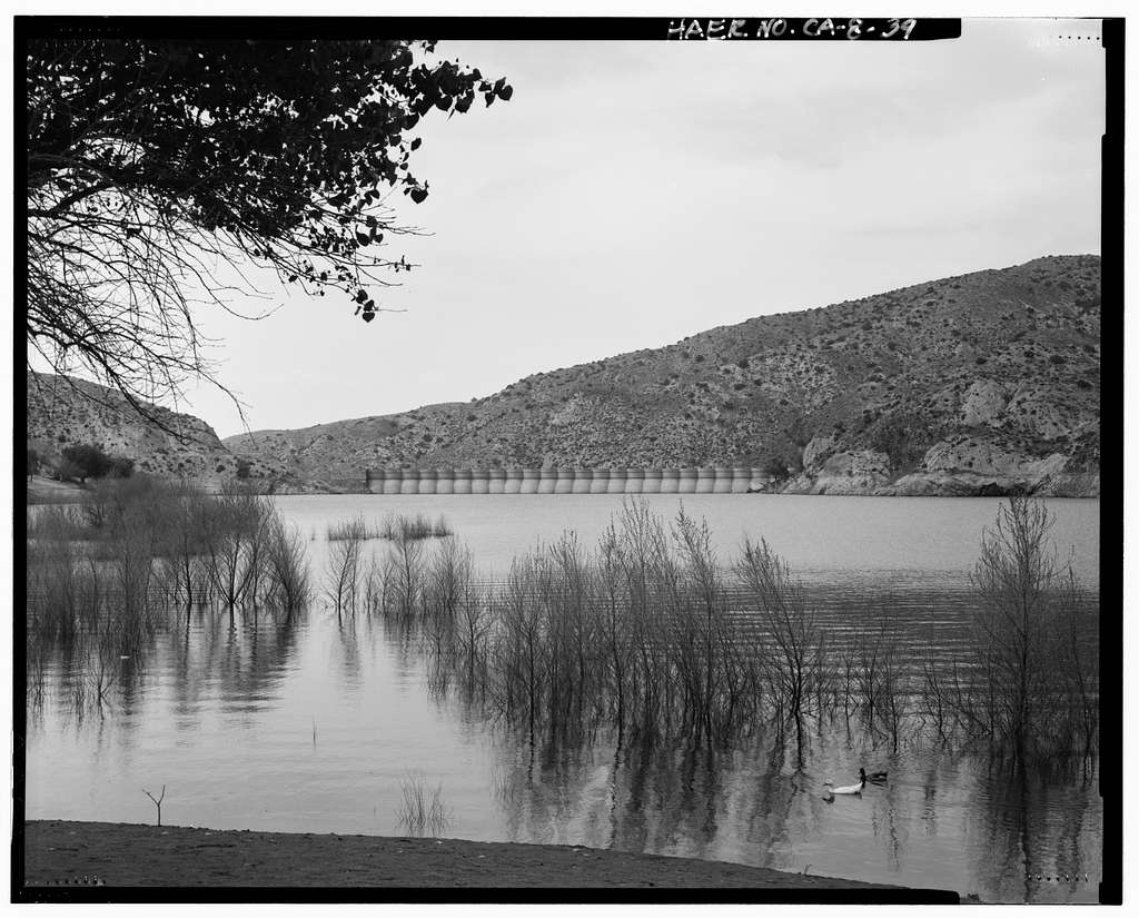 Little Rock Creek Dam, Little Rock Creek, Littlerock, Los Angeles County, CA