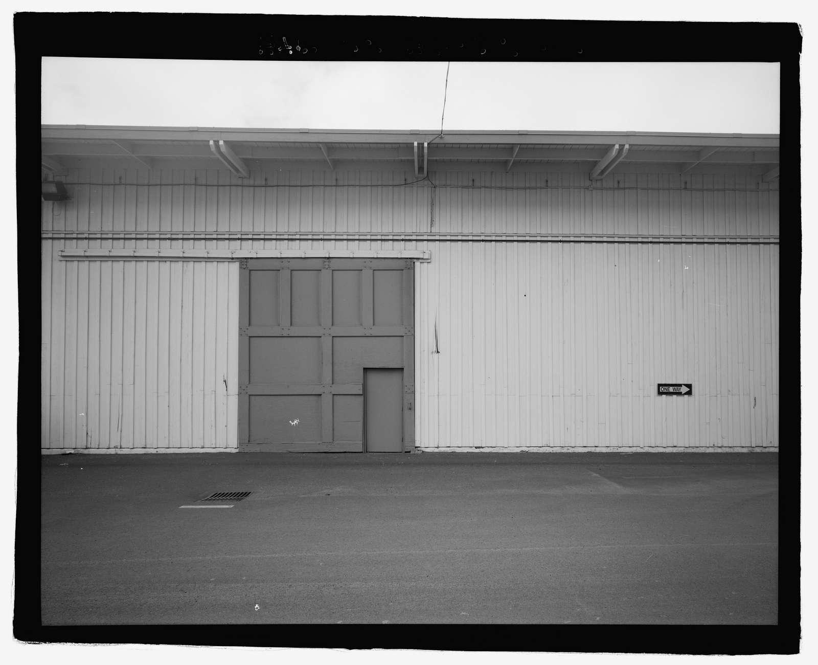 U.S. Naval Base, Pearl Harbor, Waterfront Transit Shed, Corner of Gaffney Street & Astoria Avenue along Wharf K11, Pearl City, Honolulu County, HI