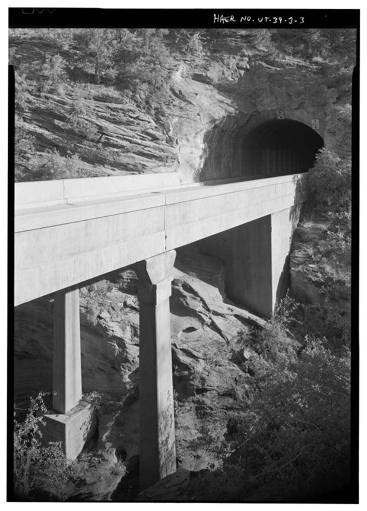 Zion-Mount Carmel Highway, Upper Pine Creek Bridge, Spanning Upper Pine Creek on Zion-Mount Carmel Highway, Springdale, Washington County, UT