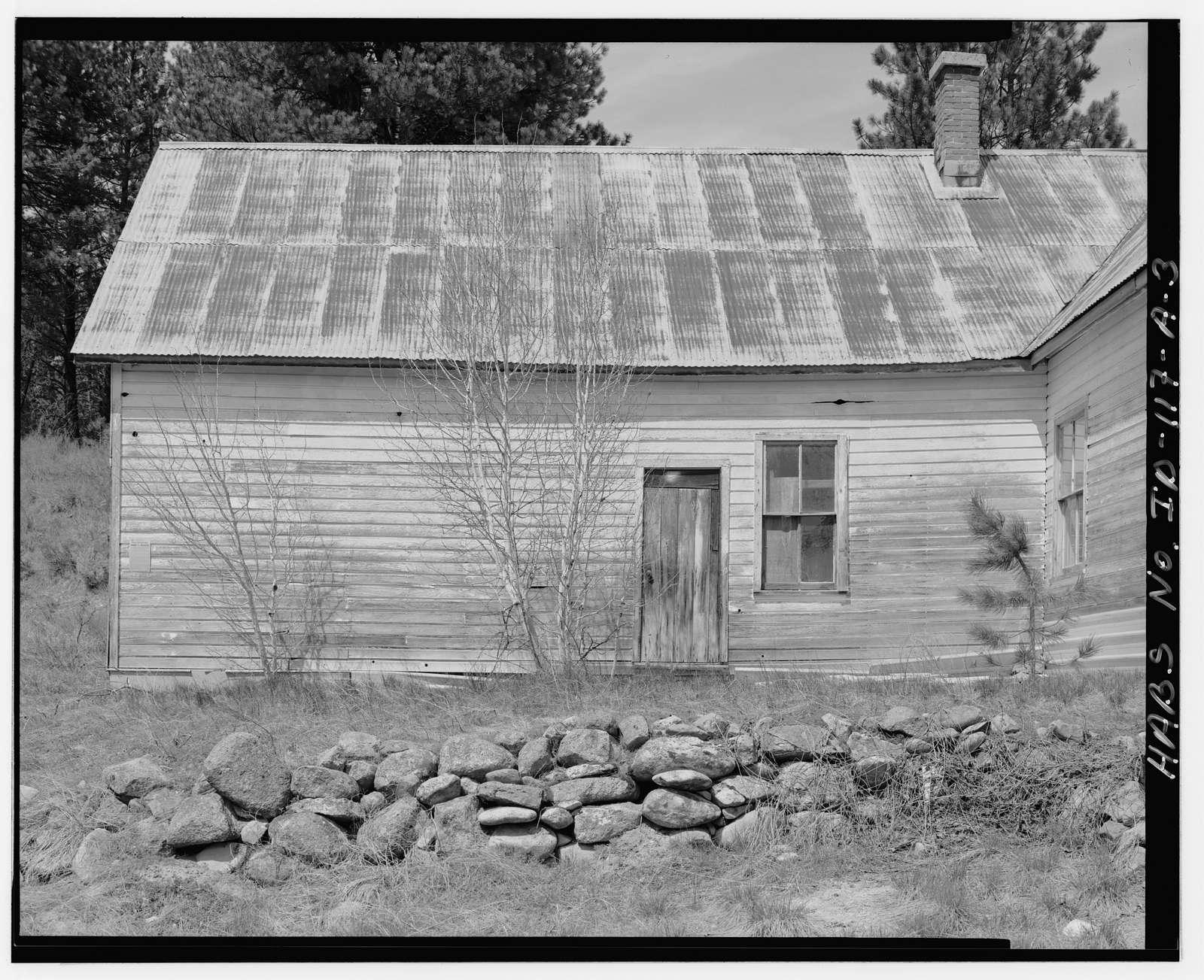 Hiatt Property, House, West bank of Woof Creek, 400 feet northwest of intersection of U.S.F.S. Roads 651 & 349, Placerville, Boise County, ID
