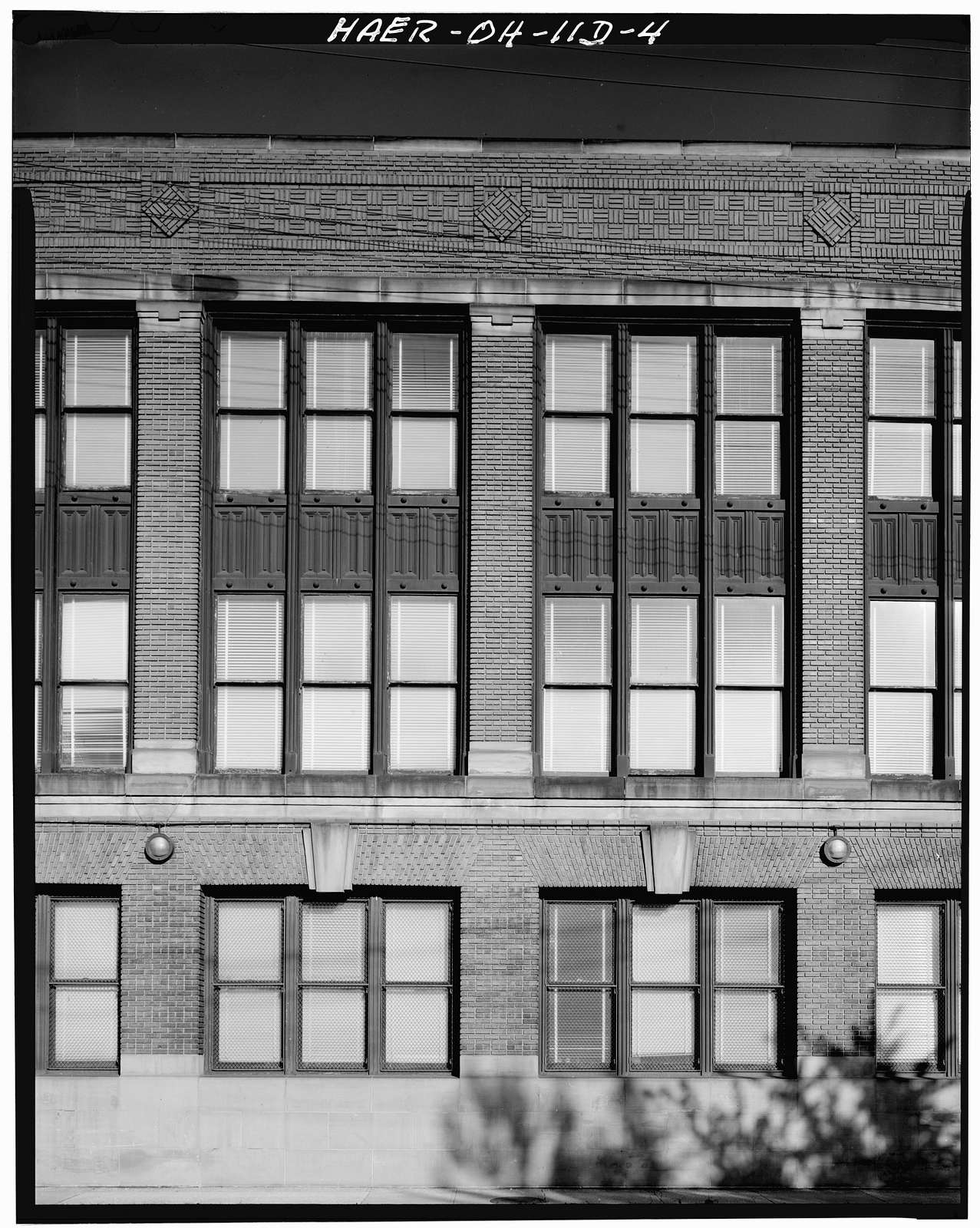 Peerless Motor Car Company, East Ninety-third Street & Quincy Avenue, Cleveland, Cuyahoga County, OH