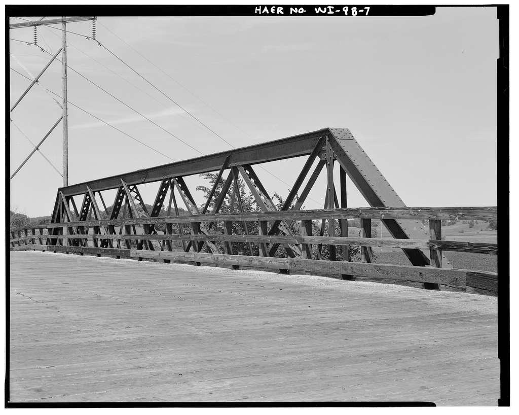 Poplar Grove Road Bridge, Spanning Chicago & Northwestern Railroad, Lebanon, Dodge County, WI