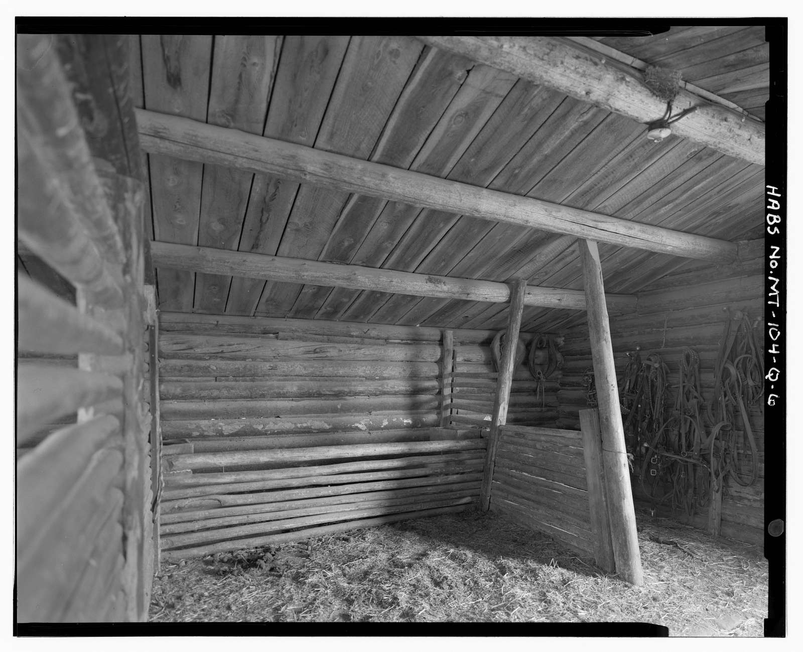 William & Lucina Bowe Ranch, Log Draft Horse Barn, 290 feet southwest of House, Melrose, Silver Bow County, MT