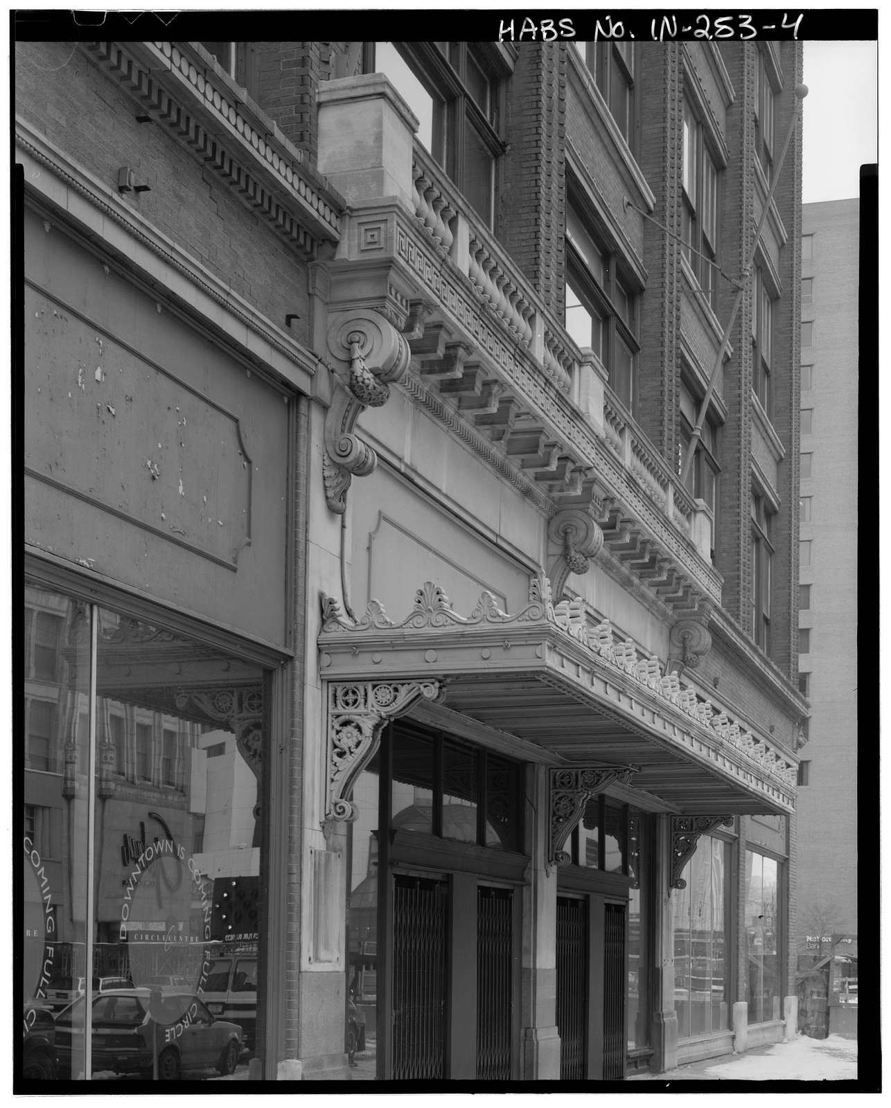 L. S. Ayres & Company Department Store, 1 West Washington Street, Indianapolis, Marion County, IN