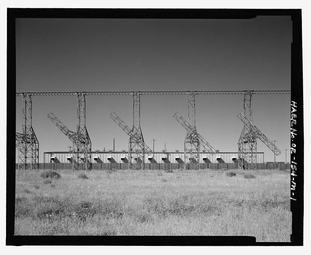 Over-the-Horizon Backscatter Radar Network, Christmas Valley Radar Site Transmit Sector Six Transmitter Building, On unnamed road west of Lost Forest Road, Christmas Valley, Lake County, OR