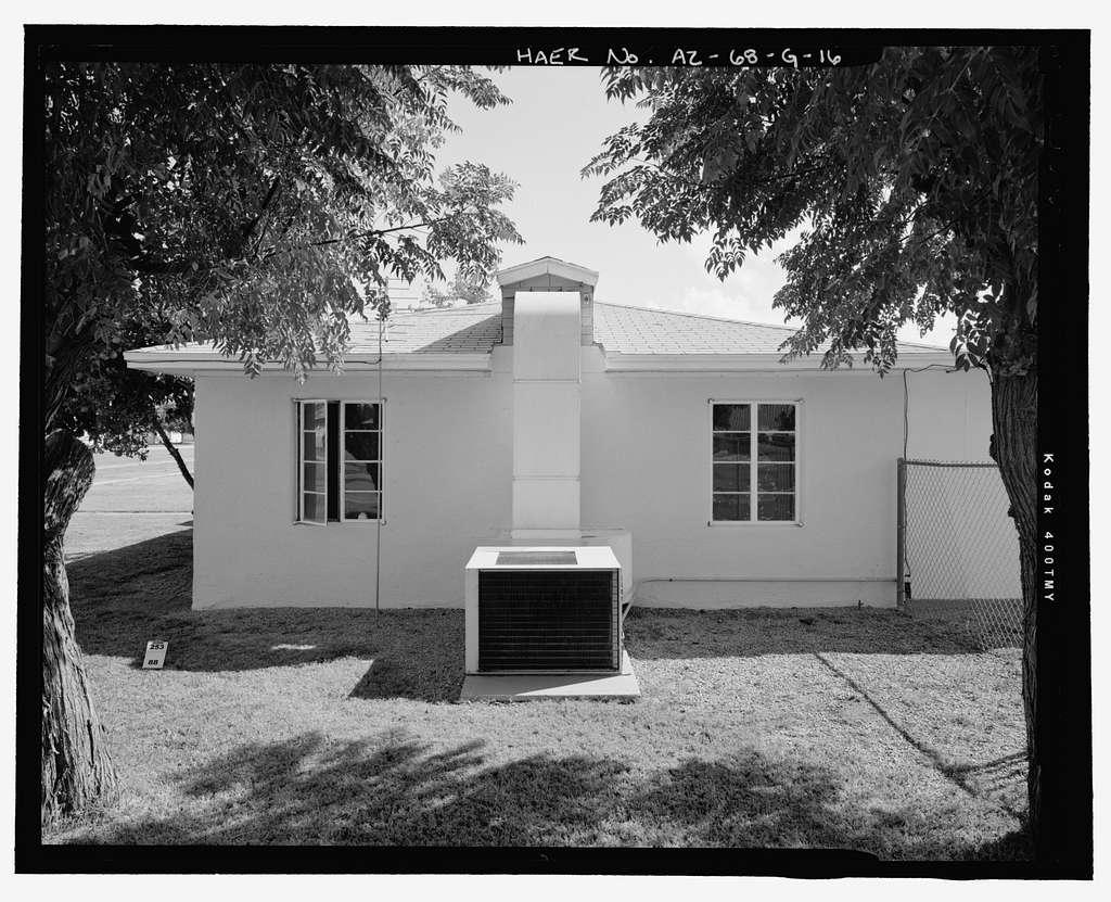 Wellton-Mohawk Irrigation System, Building No. 1 (House), 30601 Wellton-Mohawk Drive, Wellton, Yuma County, AZ