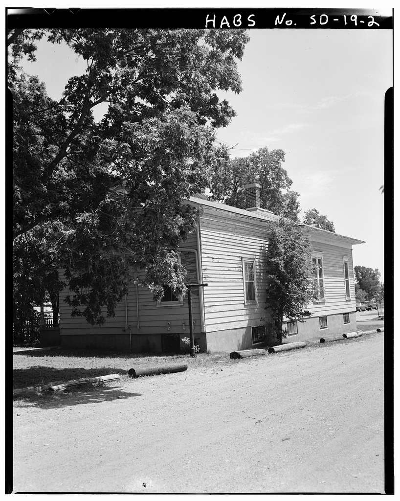 55 Fifth Street Southwest (House), Lots 15 & 16, Block 15, Second Railway Addition, Huron, Beadle County, SD