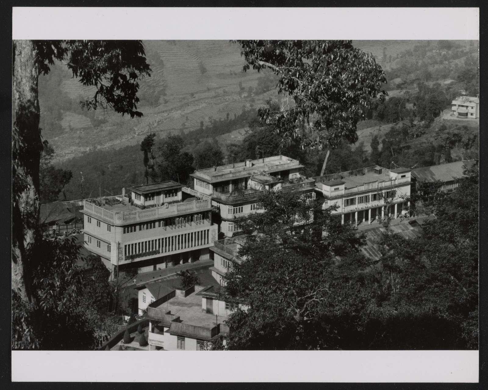 Capitol City, Gangtok (State Bank, left)