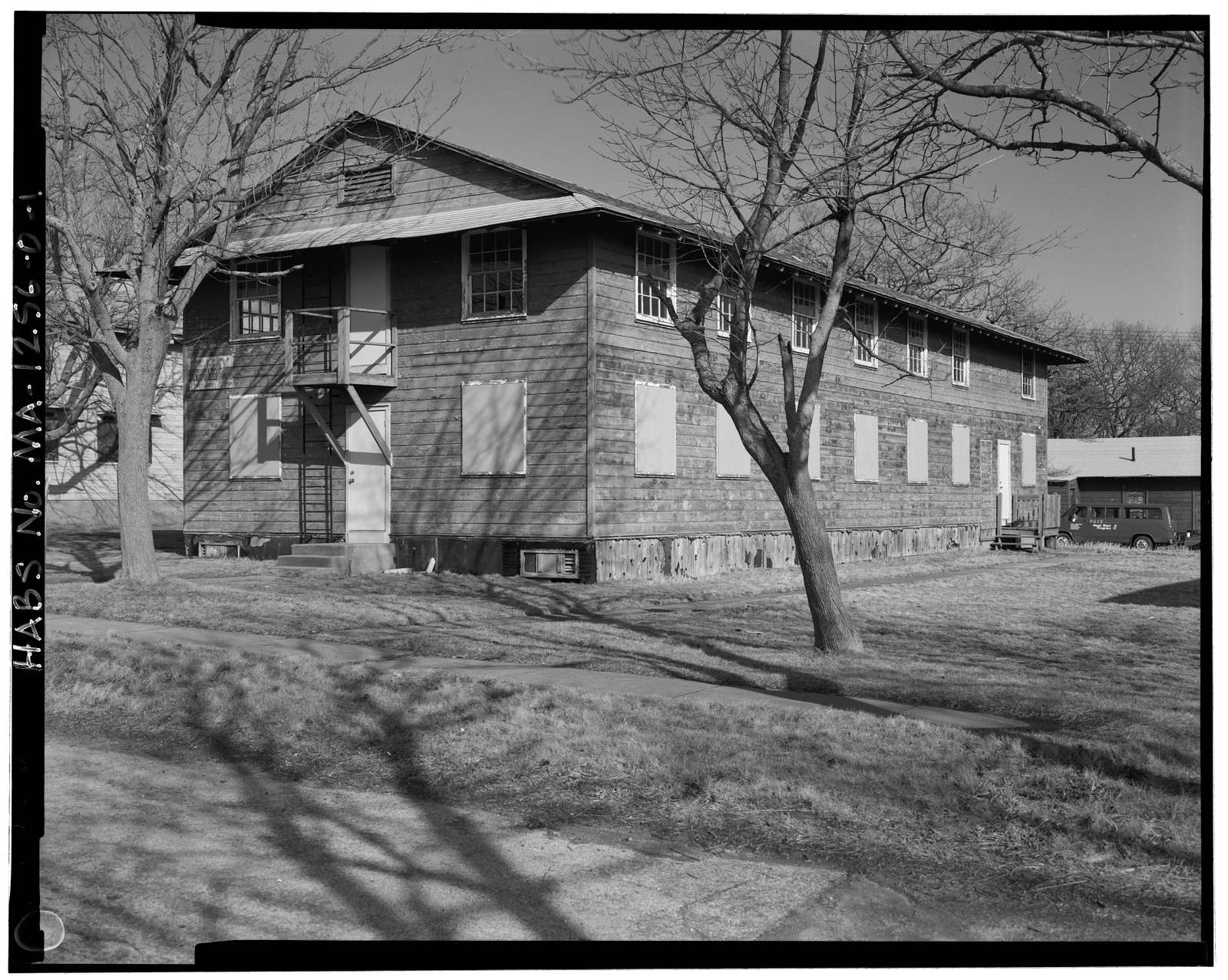 Fort Rodman Military Reservation, Enlisted Men's Barracks, Center of complex, New Bedford, Bristol County, MA