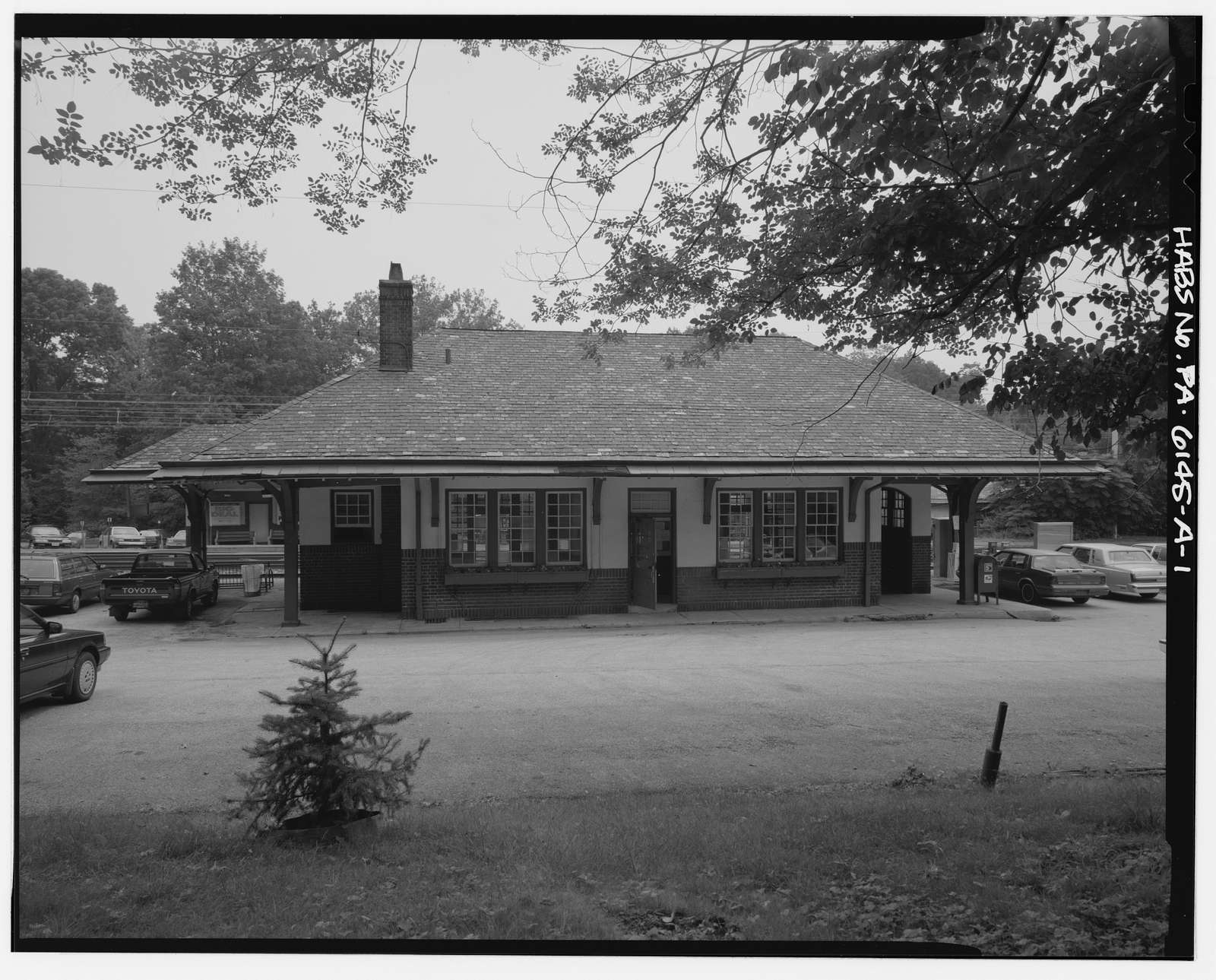 Merion Railroad Station, Main Station, Civic Circle, Merion Park, Montgomery County, PA