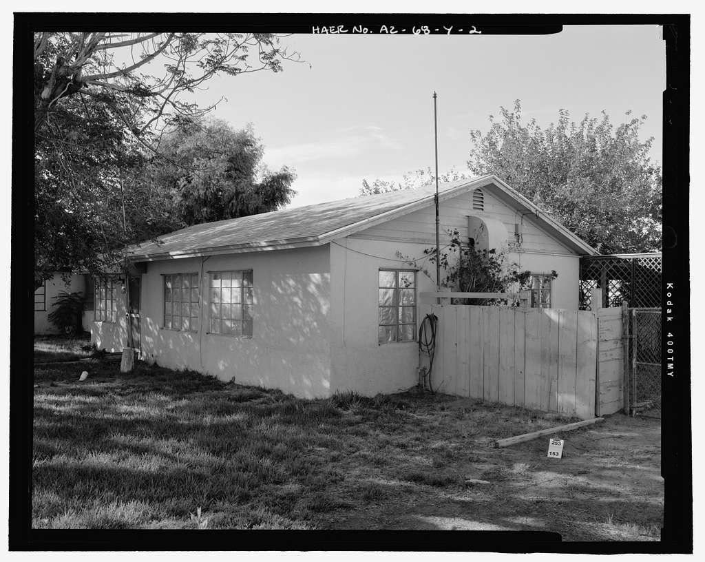 Wellton-Mohawk Irrigation System, Building No. 20 (House), 30612 Wellton-Mohawk Drive, Wellton, Yuma County, AZ