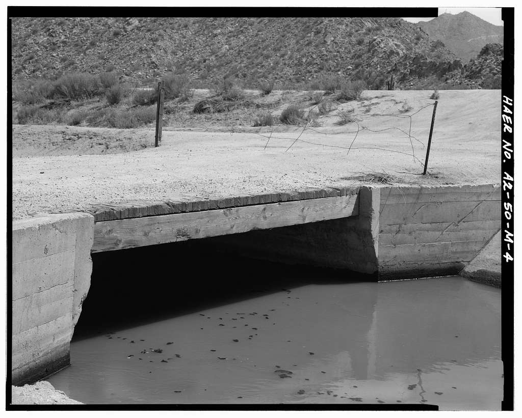San Carlos Irrigation Project, Southside Canal, South Side of Gila River, Coolidge, Pinal County, AZ