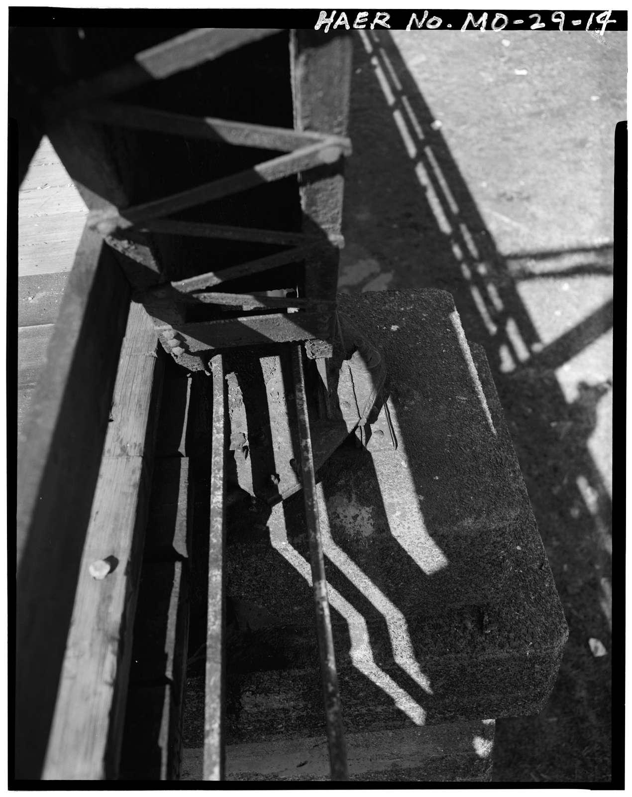 Washington Avenue Bridge, Spanning Missouri Pacific Railroad tracks, Main & St. Louis Streets, Sedalia, Pettis County, MO