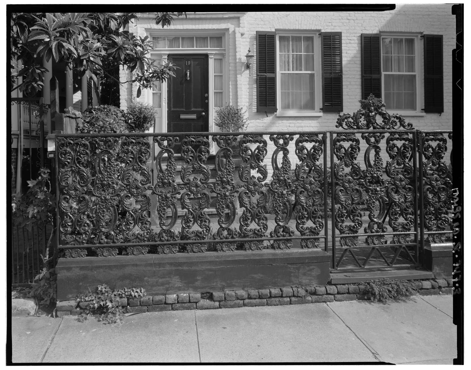 19 Wentworth Street (House), Charleston, Charleston County, SC