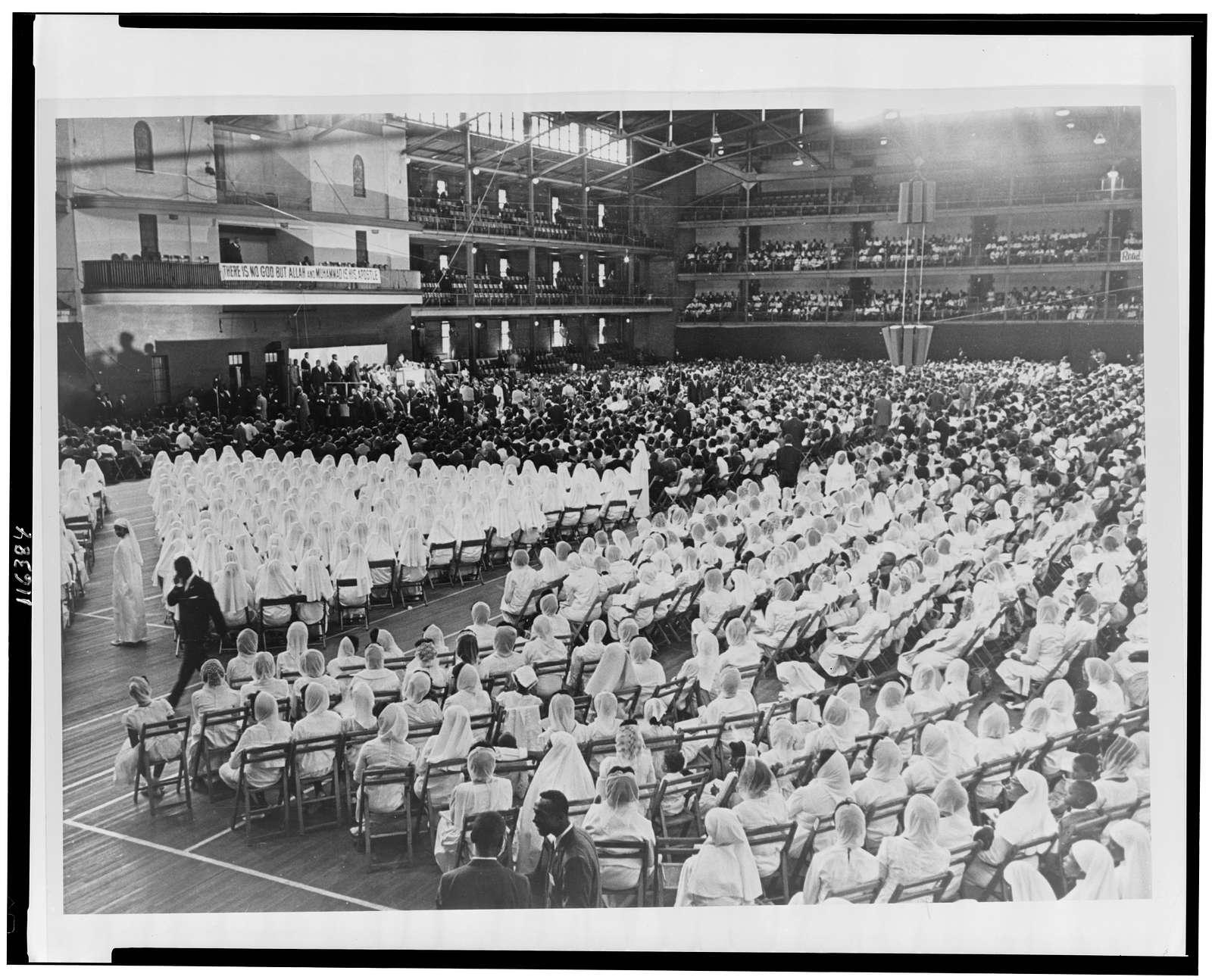 [Elijah Muhammad addressing an assembly of Muslim followers] / World Telegram & Sun photo by Stanley Wolfson.