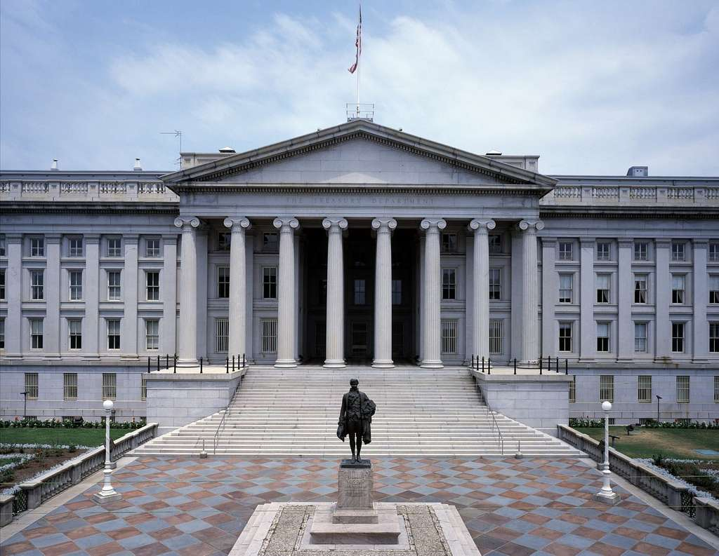 Statue of the first U.S. Treasury Secretary, Alexander Hamilton, before the U.S. Treasury building on Pennsylvania Avenue, Washington, D.C.