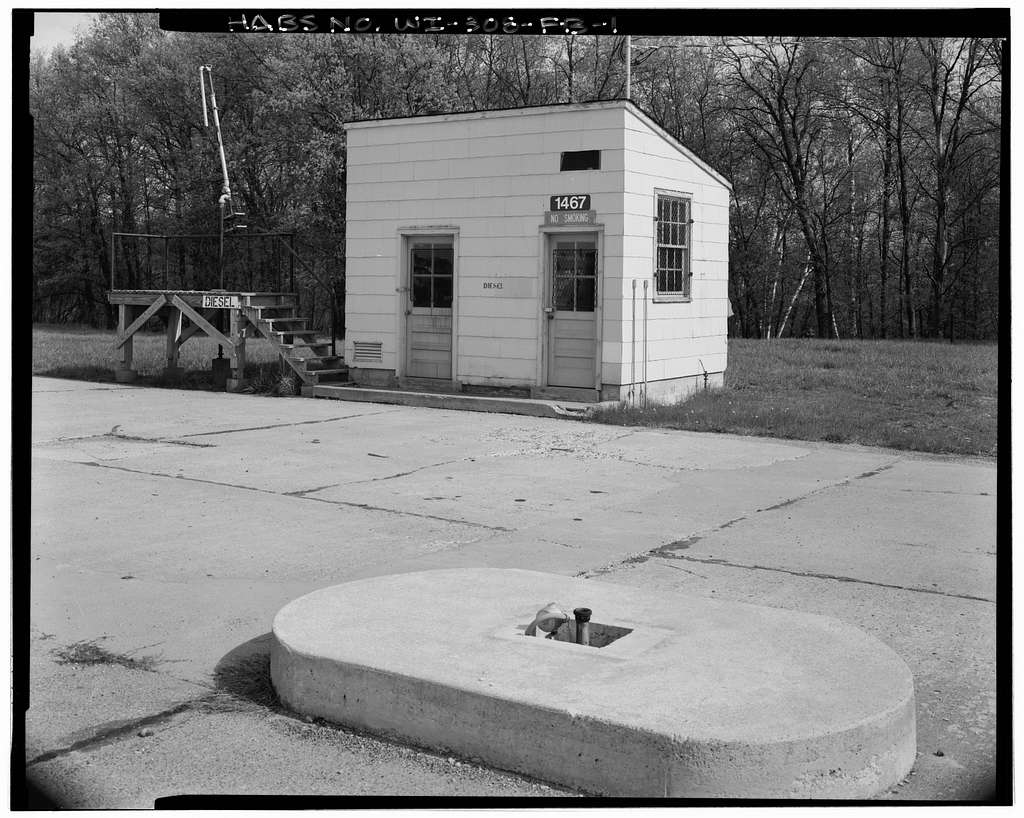 """Fort McCoy, Building No. T-1467, 1300' East of Intersection of South Ninth Avenue with South """"J"""" Street, Sparta, Monroe County, WI"""