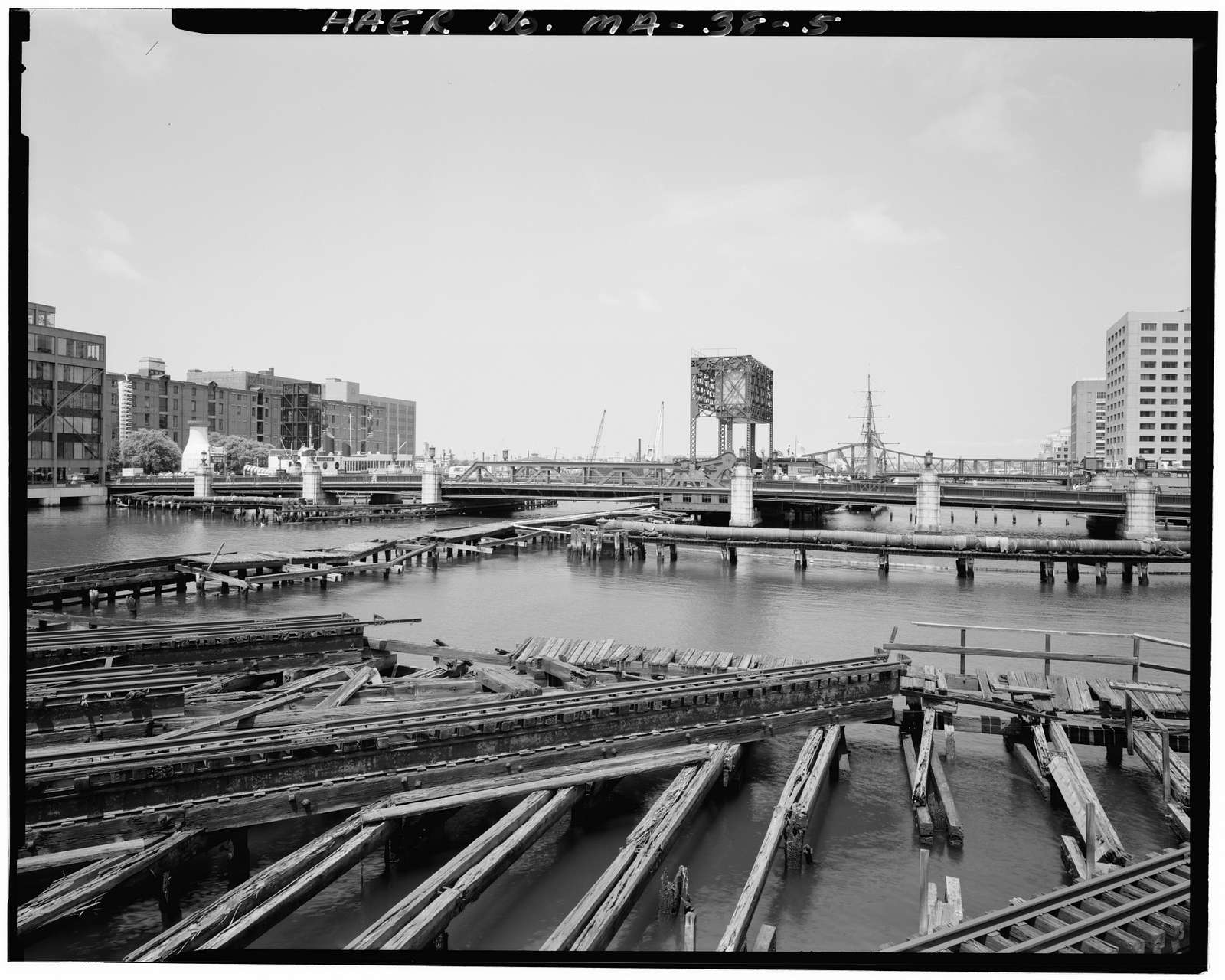 Congress Street Bascule Bridge, Spanning Fort Point Channel at Congress Street, Boston, Suffolk County, MA