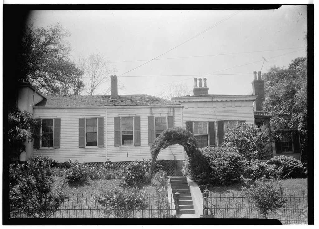 Green Leaves, 303 Rankin Street, Natchez, Adams County, MS