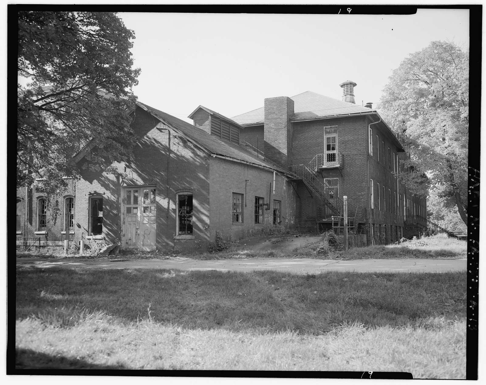 Washington County Old Men's Home, Main Building, 2198 North Main Street, Arden, Washington County, PA