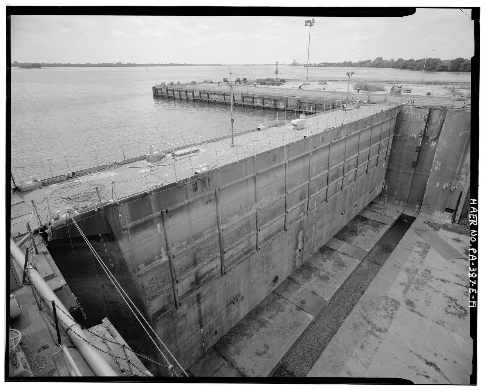 Naval Base Philadelphia-Philadelphia Naval Shipyard, Dry Dock No. 5, League Island, Philadelphia, Philadelphia County, PA