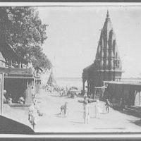 Benares - courtyard area behind burning ghat