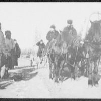 Col. Tashkin, in carriage, interrogating convicts at roadside - Khabarovsk