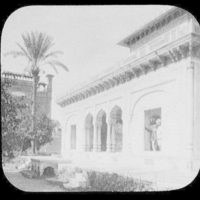 Lahore - the Barahdari in the Hazuri Bagh - white marble pavilion built by Runjeet Singh